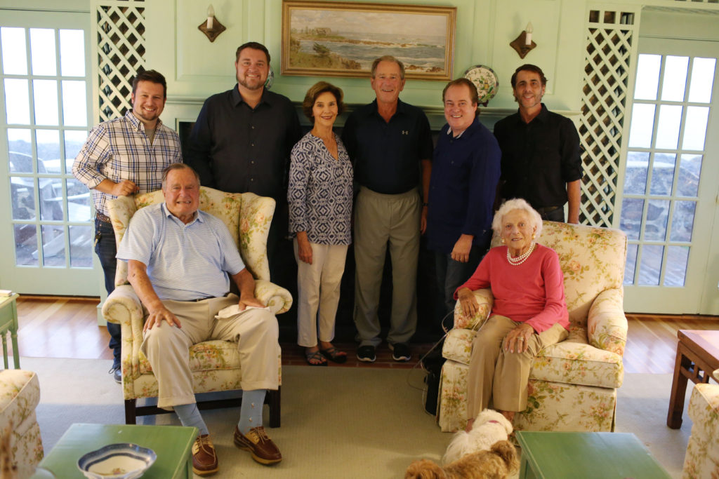 PHOTO CUTLINE 1: Left to right first row – President George H.W. Bush, First Lady Barbara Bush – Left to right second row- Nathaniel Justice, Dustin Hood, First Lady Laura Bush, President George W. Bush, Jym Howe and Ray Woconish. Photo Credit: Evan F. Sisley, Aide to President Bush