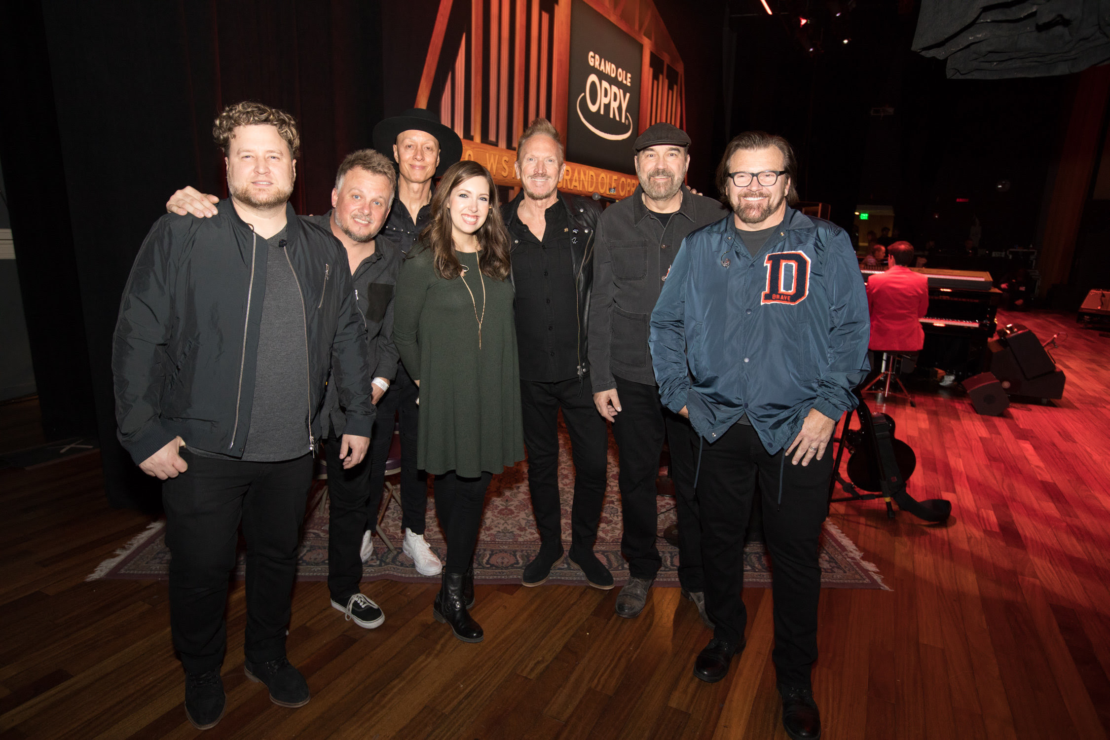 Pictured (l-r) on the Grand Ole Opry® stage at Nashville's Ryman Auditorium are (l-r) NewSong's Mark Clay, Jack Pumphrey and Rico Thomas; Francesca Battistelli; and NewSong's Eddie Carswell, Billy Goodwin and Russ Lee. (photo: Chris Hollo for the Grand Ole Opry)